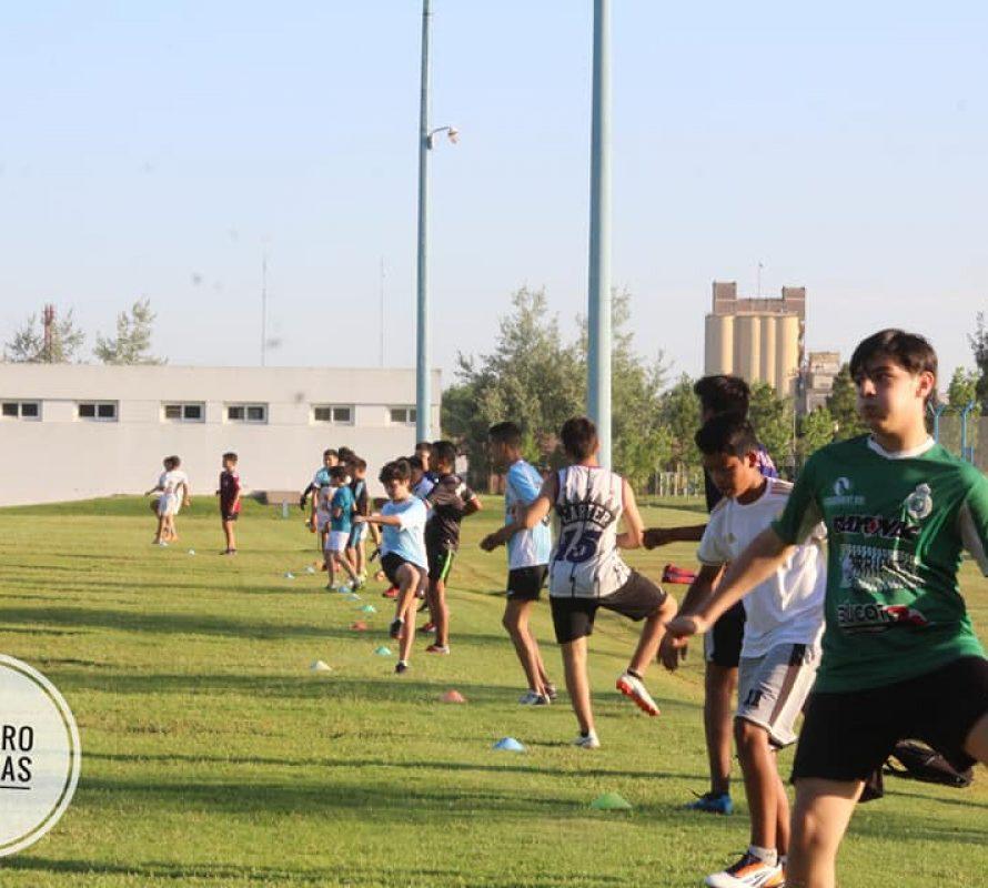 Club Dorrego: Futbolistas juveniles realizan preinscripción