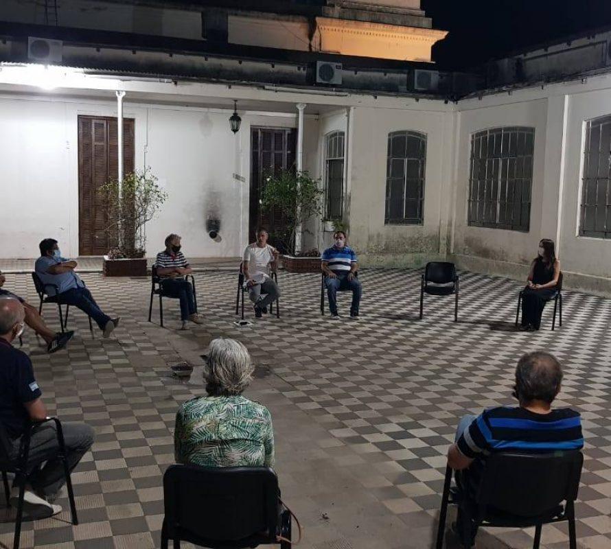 Covid-19: Primera reunión presencial del COMITÉ DE CRISIS de 2021 –  Preocupación en Navarro, ya se nota el rebrote