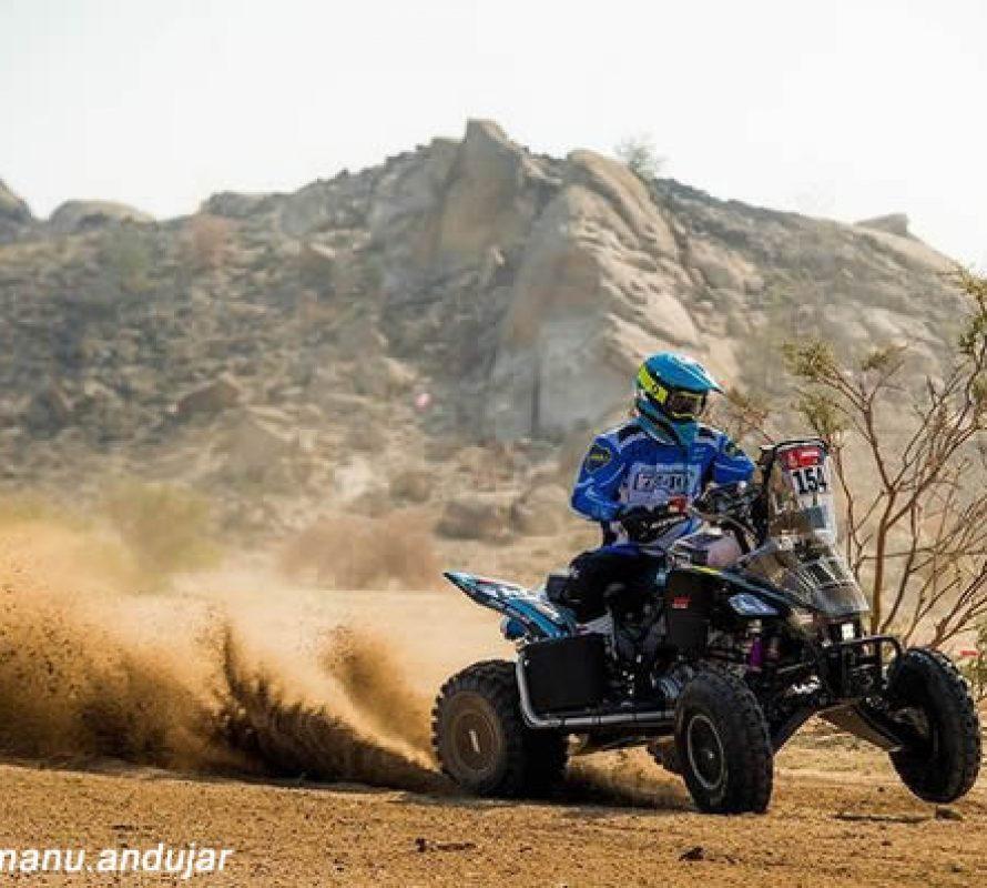 Dos pilotos conocidos en Navarro van por todo en el Dakar de Arabia