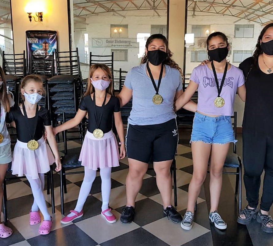 Siguen las excelentes noticias en la Escuela de Danzas de Juli Berón