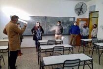 Informe del Municipio: Entrega de mobiliario para equipar un aula entera a la Escuela Técnica N°1