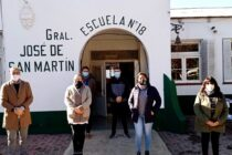 Informe Municipal: El Municipio entregó mobiliario a dos escuelas de Las Marianas